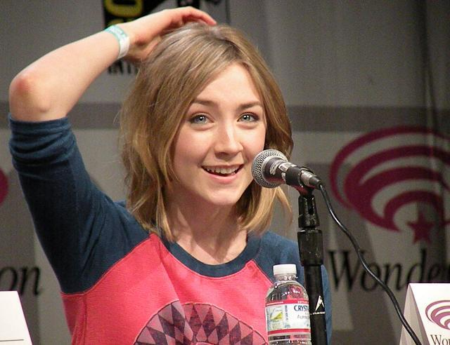 "WonderCon 2011: ""Hanna"" The Movie Exclusive Interviews with Joe Wright and Saoirse Ronan!"