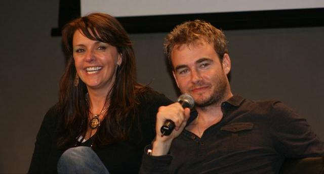 Amanda Tapping Husband