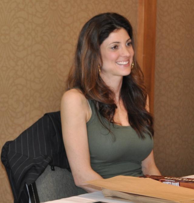 Stargate Vancouver 2012 - Julia Benson