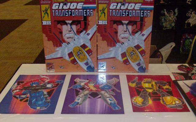 BotCon 2012 - Cool Transformer items for sale!