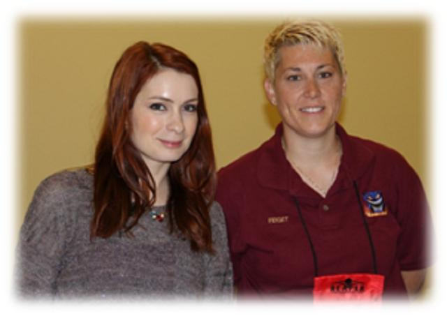 Origins Game Fair 2012 - Felicia Day and me FidgetTBC