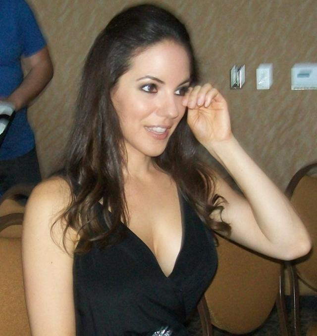 San Diego Comic-Con 2012: Exclusive interviews with Lost Girl star Anna Silk and Executive Producers Jay Firestone and Emily Andras!