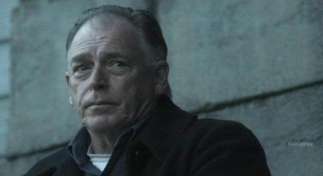 Alcatraz S1x08 - Gary Chalk as Mike Cullin