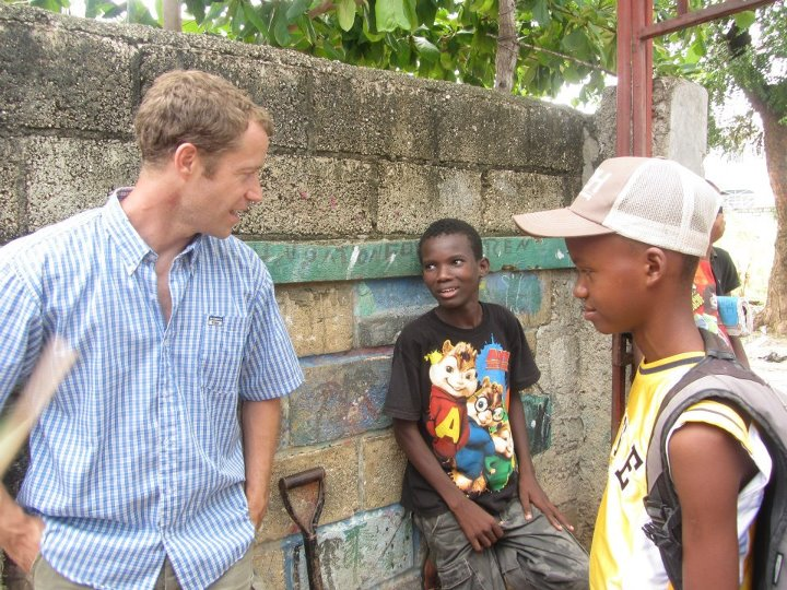Hatian Reconstruction - Colin Ferguson hangs out with the local school kids!