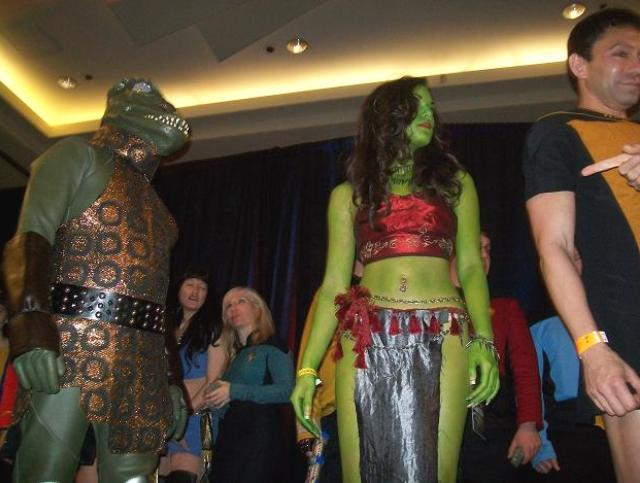 Creation Star Trek San Francisco - The Gorn and Green Orion Slave Girl