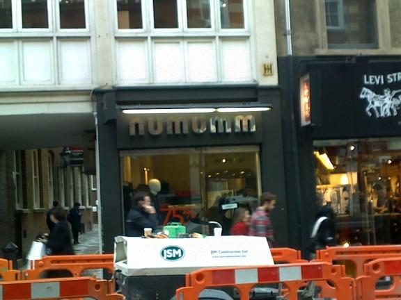 Mumnum nearly had a fit....NEARLY