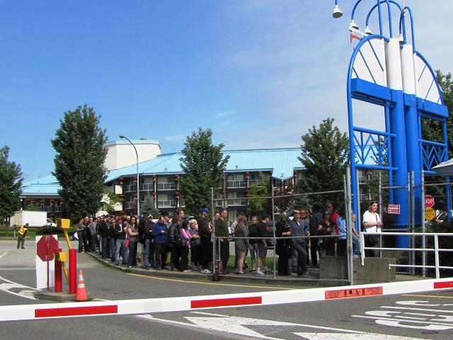 Stargate Liquidation - Waiting in Line