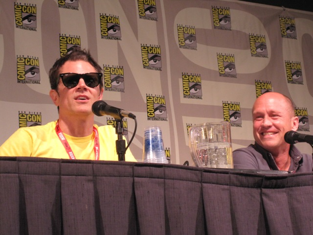 Johnny Knoxville moderating for Mike Judge's Beavis & Butthead panel