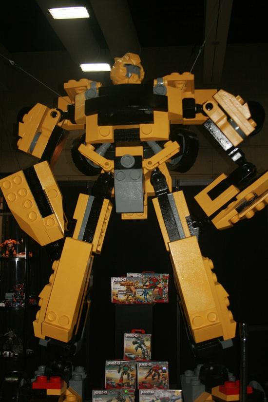Comic-Con 2011 - Lego Bumblebee