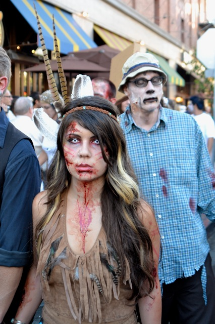 SDCC 2011 experience- zombies-4