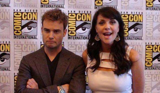 Comic-Con 2011 Sanctuary Press - Robin and Amanda