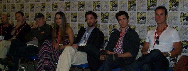 Comic-Con 2011 - Falling Skies Cast in Press Room