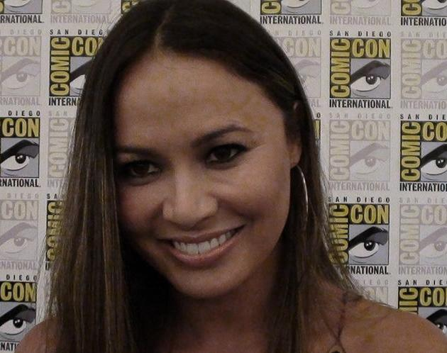 Comic-Con 2011 - Moon Bloodgood - Falling Skies Press