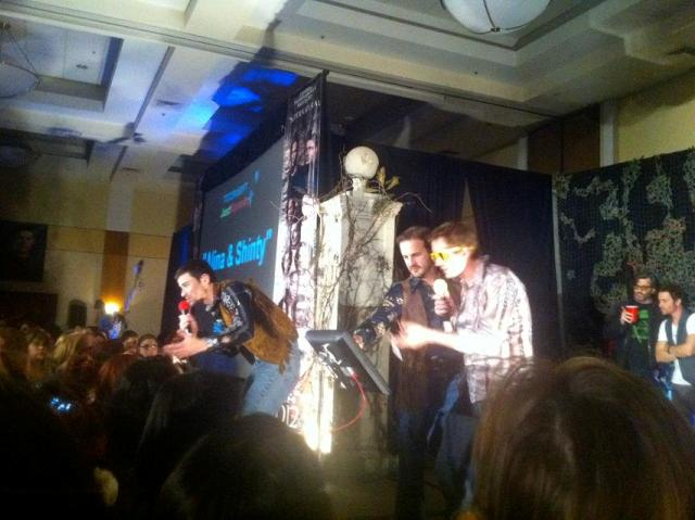 Supernatural Burbank 2012 - Matt Cohen Richard Speight, Jr. and Chad Lindberg read lyrics. Timothy Omundson Rob Benedict hug the back wall