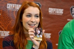 Felicia Day with her own The Guild trading card!
