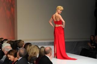 The Heart Truth Canada - Lauren Lee Smith wearing Ines Di Santo