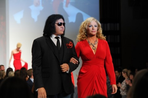 The Heart Truth - Shannon Tweed introduced by Gene Simmons