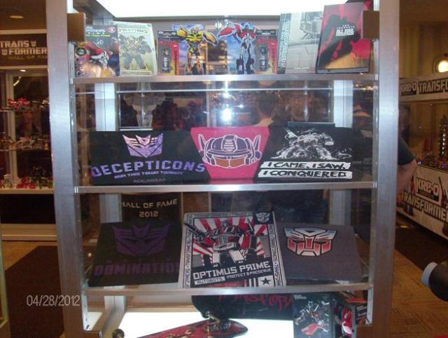 BotCon 2012 - Transformer collectors items