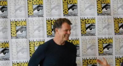 Comic-Con 2012 - Enter the maestro John Noble - Dark Matters Interview