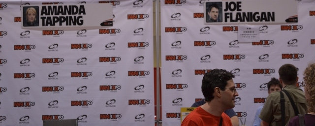 Fan Expo Toronto 2012 - The line area for Amanda Tapping and Joe Flanigan
