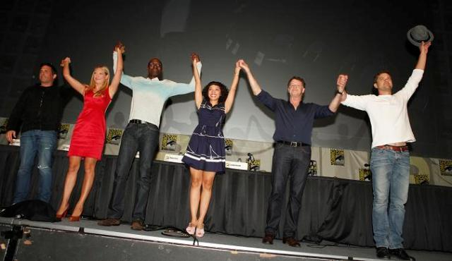 SDCC Fringe 2012 - Cast rises to standing ovation