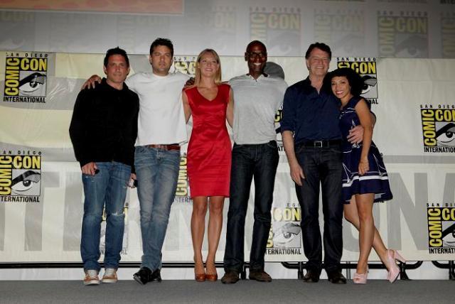 SDCC Fringe 2012 - Joel Wyman with cast backstage