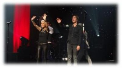 Roxette NYC 2012 - Roxette waves to fans at the Beacon Theatre NYC