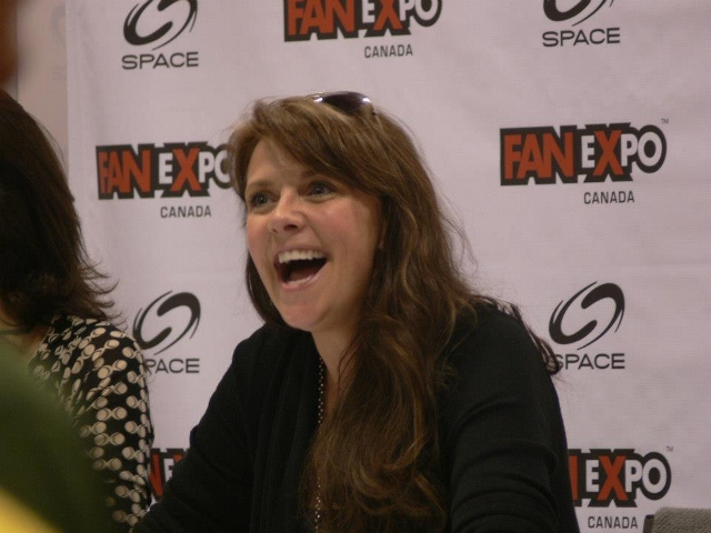 Toronto Fan Expo Canada: Day 3 – Amanda Tapping, John Barrowman, Denny Denn, Joe Flanigan, and Sanctuary For Kids!