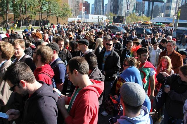 NYCC 2012 - Entrance Crowd