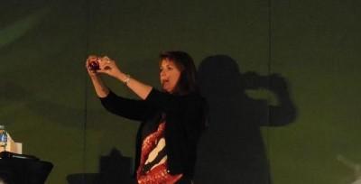 AT6 Ripples -Amanda snaps a keepsake of the convention