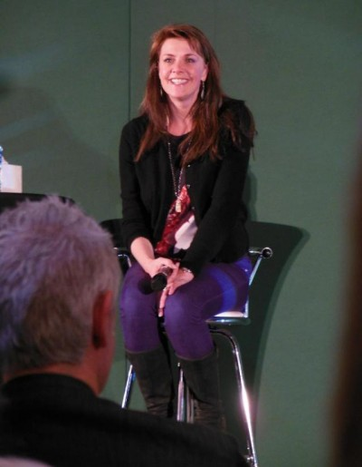 AT6 Ripples - Amanda Tapping shares spoiler free answers with her fans