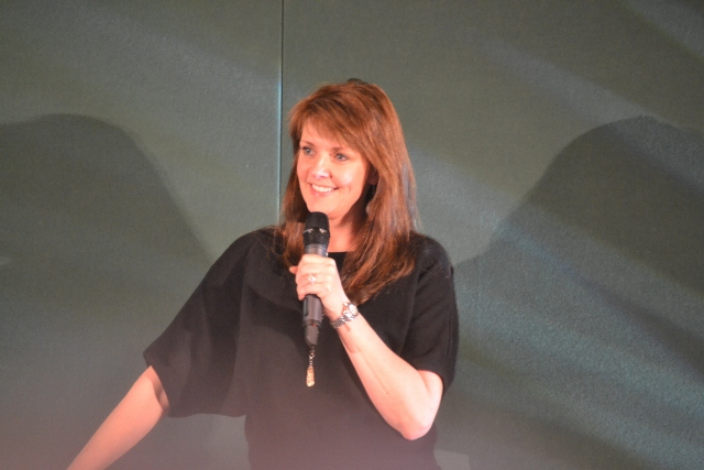 AT6 Ripples- The lovely Amanda Tapping