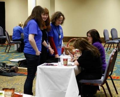 AT6 Ripples - Autographs with Amanda - Image courtesy GABIT Events
