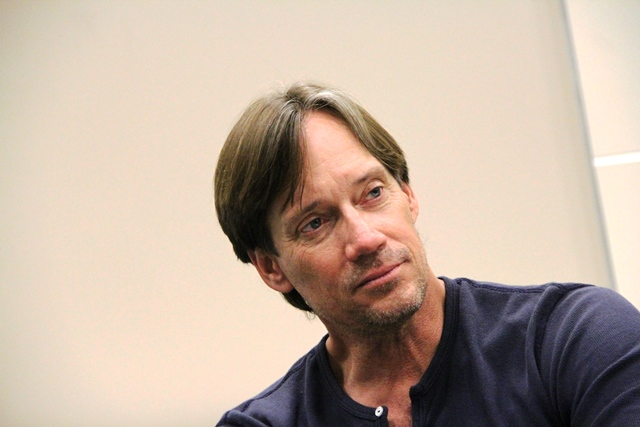 Origins2013 - Kevin Sorbo Thinking during a question