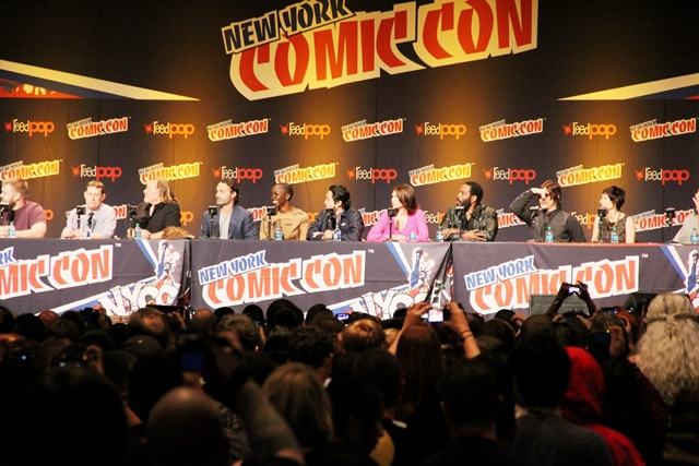 The Walking Dead panel at 2013 NYCC