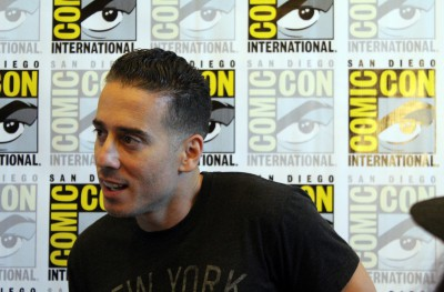 Kirk Acevedo-12 Monkeys press Room-SDCC 2015