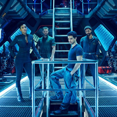 The Expanse main cast - Click to visit and follow The Expanse Syfy on Twitter!