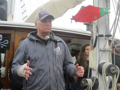 Gatecon 2016 RDA Meets Sea Shepherds Martin Sheen