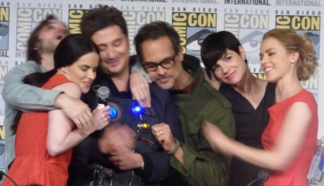 SDCC 2017 12 Monkeys Panel
