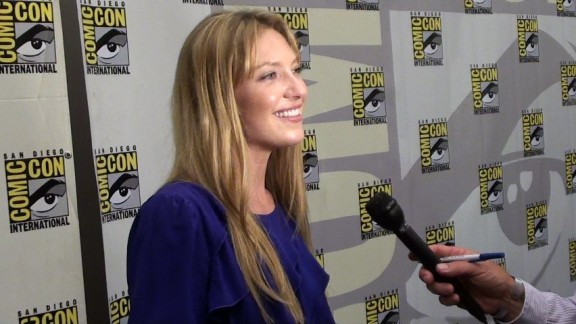 Comic-Con 2010 – Fringe Panel Photos, Red Carpet Interviews and More!