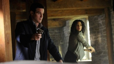 Warehouse 13 S4x10 - Pete and Myka search for the answers