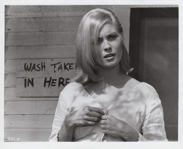 The Hollywood Collection - Faye Dunaway as Bonnie Parker in Bonnie and Clyde