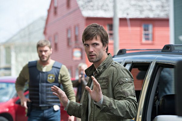 Haven - S4x01 - Nathan returns to an altered reality in Haven!