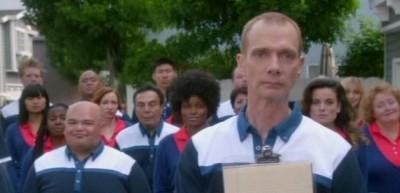 The Neighbors S1x02- Doug Jones guest stars as Dominique Wilkins